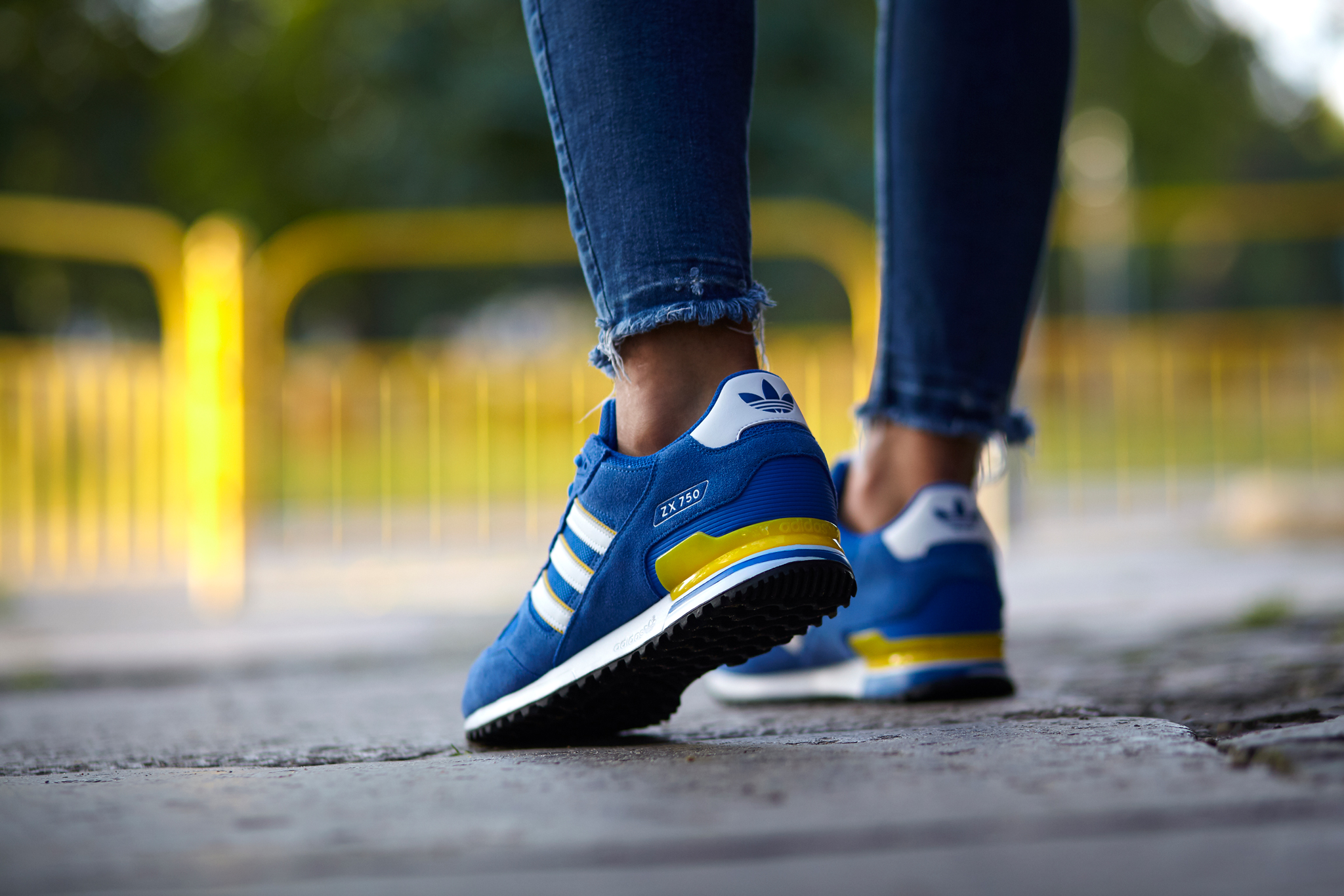 adidas ZX 750 (BY9272)