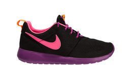 "Nike Roshe One (GS) ""Bold Berry"" (599729-007)"