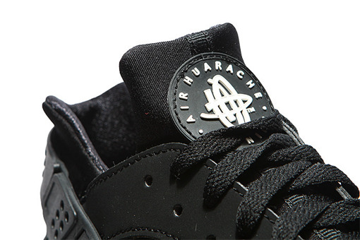 "Nike Air Huarache ""All Black""  (318429-003)"