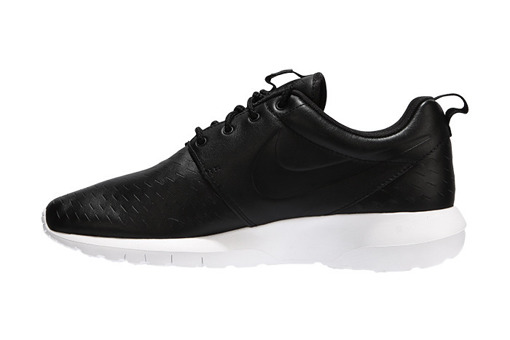 "Nike Roshe NM Laser ""Black"" (833126-001)"