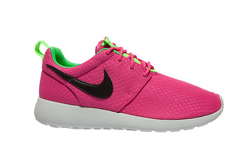 "Nike Roshe One (GS) ""Pink Youths"" (599729-607)"