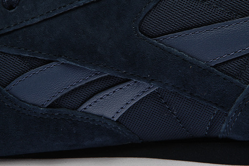 "Reebok Cl Leather Np ""Collegiate Navy"" (V70835)"